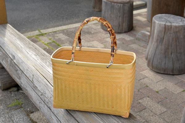 地場産品:竹カバン