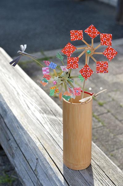 竹細工の風車やトンボ